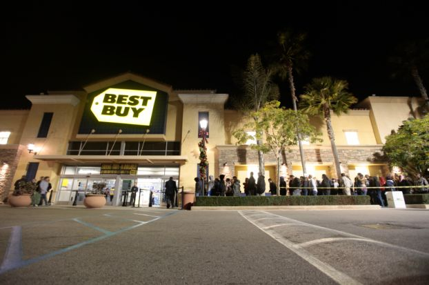 Shoppers lined up for Black Friday sales at Best Buy